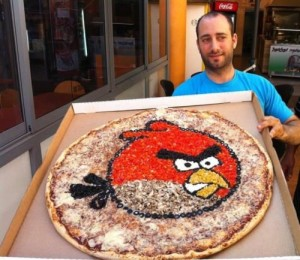 Pizza Angry Birds!