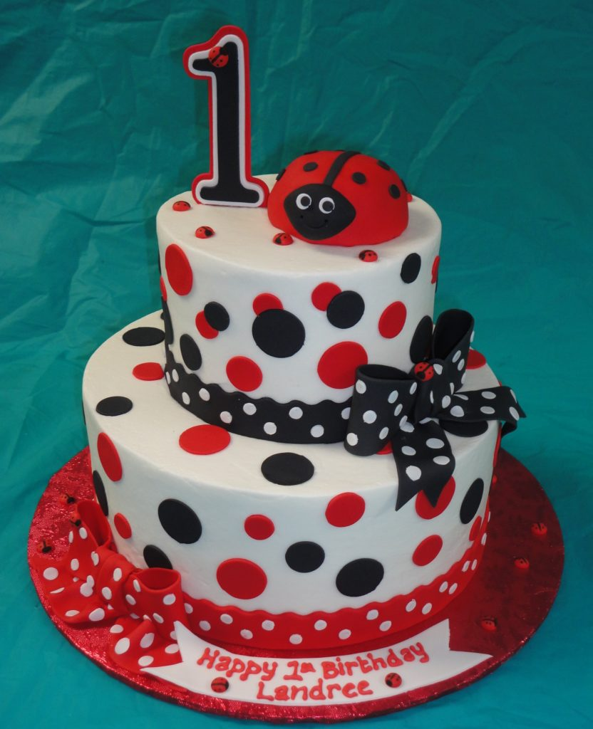 decoracion torta miraculous ladybugs